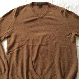 100% Cashmere Marshall Fields V-Neck Sweater Sz. L
